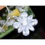 Kép 2/3 - Swarovski kristályos nyaklánc 8 szirmú virágos medállal